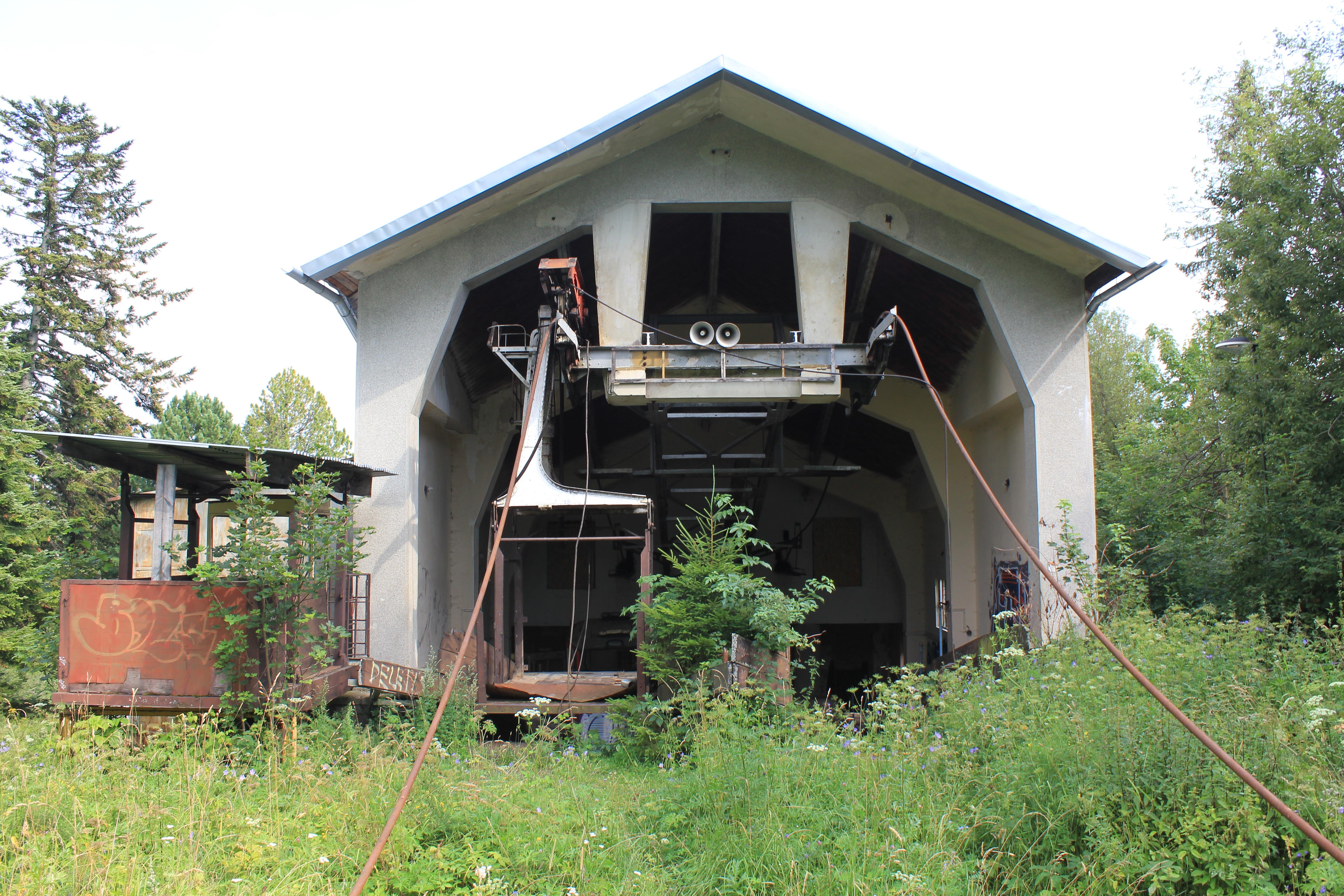 SLOw Tatra lomnica kabelbaan verval gezien (6) - kopie